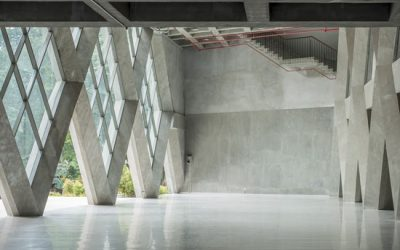 What are the pros and cons of polished concrete?